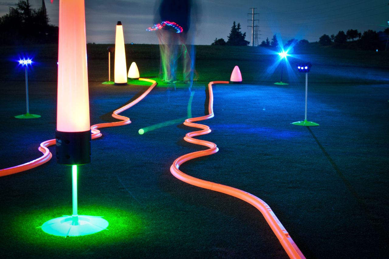 40″ UV GLOW BALL CHARGER – Tee Box Light 23