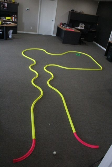 OFFICE GOLF – 1 hole putting track kit 8